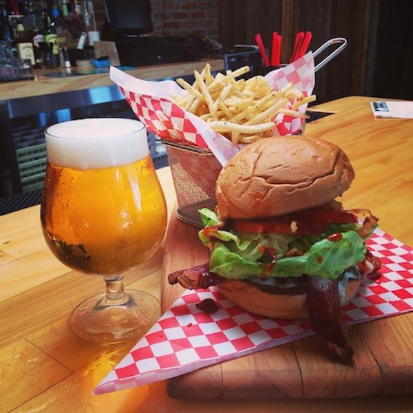 Carson House Beverly Hills Restaurant serves Burgers, Beer, and good cheer