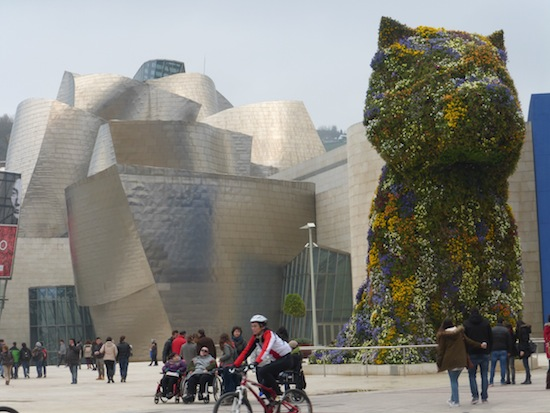 Sites to Visit in Bilbao Spain Jeff Koon's Puppy