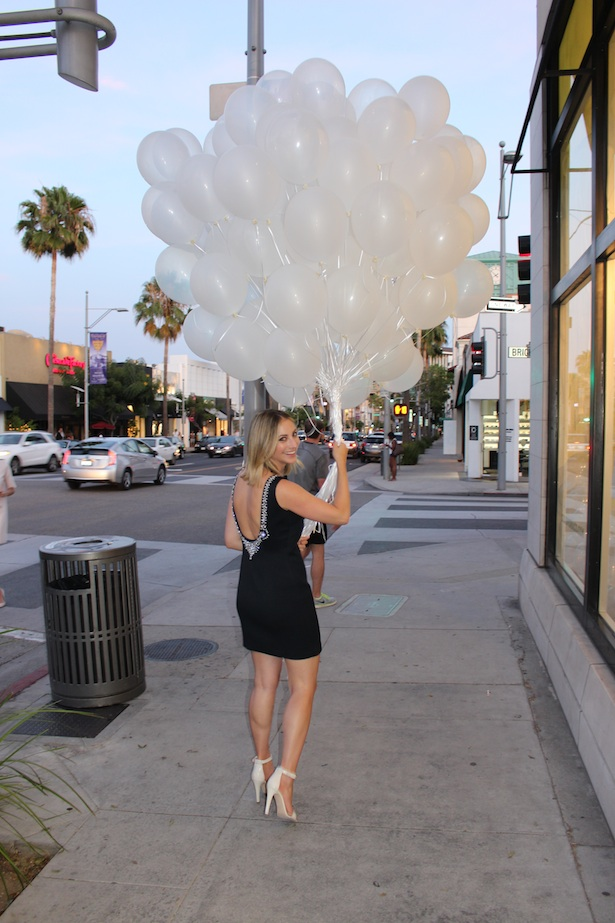 Cupcakes and Cashmere Launch Event in Beverly Hills exclusively for Club Monaco - All smiles with a beautiful bouquet of balloons