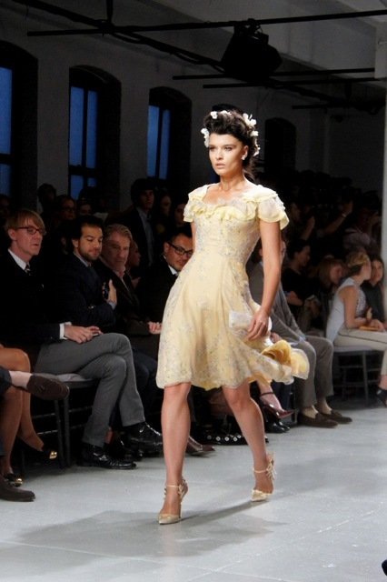 Zac Posen Mid length Yellow Dress Summer 2014 Runway