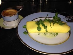 Laduree Soho sunday brunch eggs NYC Food Recommendations travel