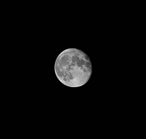 Los Angeles Scene The Moon