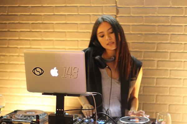 West Field Style DJ