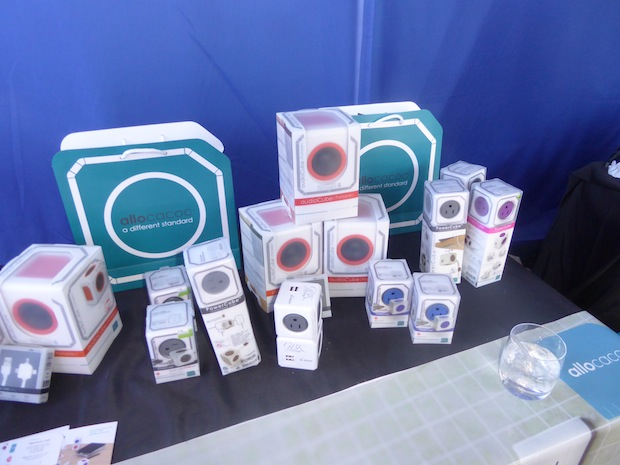allocacoc-portable-outlets-gbk-emmy-awards-gift-lounge-event-2016