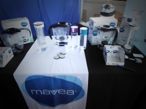 emmy-awards-2016-celebrity-gift-lounge-mavea-water-filter-gbk-event